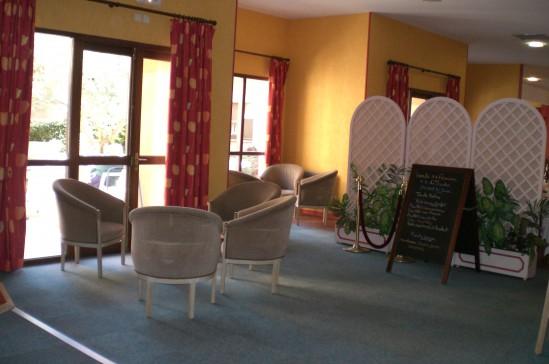 les jardins d 39 arcadie r sidence services aix en provence. Black Bedroom Furniture Sets. Home Design Ideas